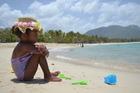 Direkt vanuit het hotel loop je het mooie strand op met veel -gratis- watersportmogelijkheden...