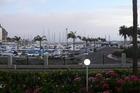 Uitzicht van af het balkon, naar de jachthaven
