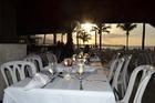 De maaltijden gebruikten wij bij voorkeur in het open buffetrestaurant met schitterend uitzicht over