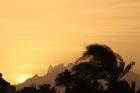 Zonsondergang vanuit haven