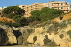 foto hotel gezien vanaf strand