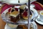 High tea bij hotel Rembrandt