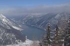 Uitzicht vanaf de berg, eindpunt van de gondel
