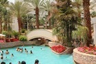 Een deel van het prachtig aangelegde zwembadencomplex