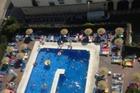 zwembad vanaf het dakzwembad