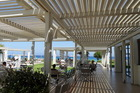 Eén v/d lounge terrassen zeezijde
