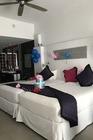 Was jarig tijdens de vakantie, de kamer leuk versierd.