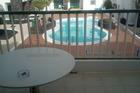 We zaten helemaal achterin het laatste zwembad heerlijk rustig.