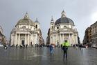 Verrassend mooi plein met uitzicht op Vittorio Emanuele 2