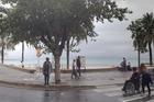 bewolkt en.. een leeg strand
